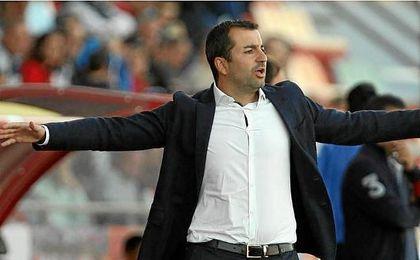 El Osasuna hace oficial el fichaje de Diego Martínez