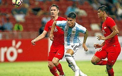 Correa ha culminado su gran temporada debutando y viendo portería con Argentina.
