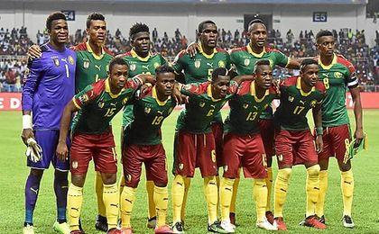 Ondoa es titular con Camerún.