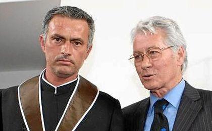 José Mourinho, junto a su padre.