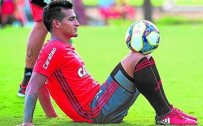 Miguel Trauco está destacando en el Flamengo desde que llegó el pasado enero.