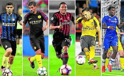 Banega, Nolito, Bacca, Lucas Pérez y Batshuayi buscan jugar este año para acudir a Rusia 2018.