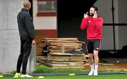 El Sevilla, duro en la negociación por Rami