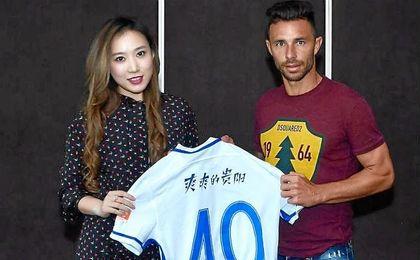 Rubén puede debutar hoy en China