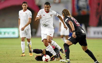 El colombiano ya sabe lo que es anotar con el Sevilla.