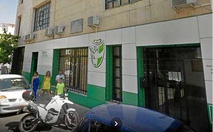 La sede de la Federación Andaluza de Fútbol, registrada