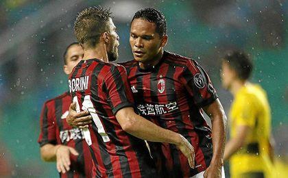 Carlos Bacca no jugó el último amistoso disputado por el Milan.