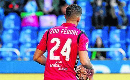 Feddal, en la imagen con la camiseta del Alavés, está a punto de firmar por el Betis.