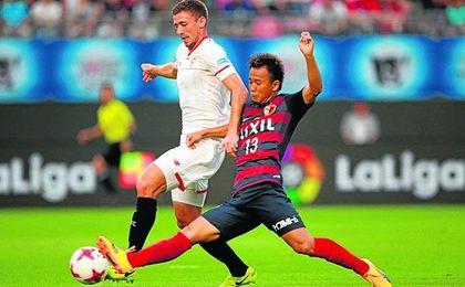 Clément Lenglet, en el partido ante el Kashima Antlers.