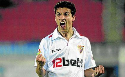 Jesús Navas está a 22 partidos de Pablo Blanco, el sevillista con más partidos de la historia.