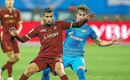 Jonathas, con el Rubin Kazan ante el Zenit.