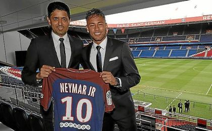 El Santos reclama 13,4 millones de euros al Barça y PSG por fichaje de Neymar