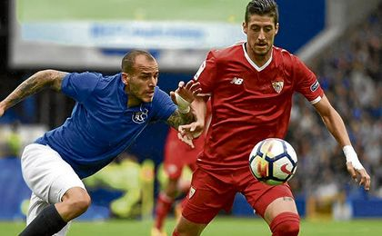 Sandro, autor de un gol, hizo daño a la defensa sevillista en el partido contra el Everton del pasado domingo.