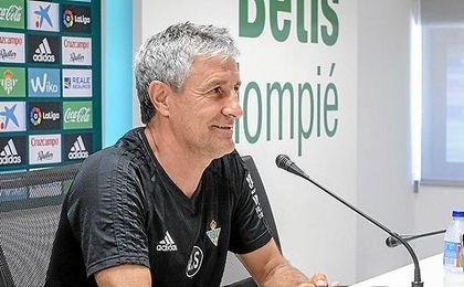 Quique Setién, en la sala de prensa de la Ciudad Deportiva Luis del Sol.