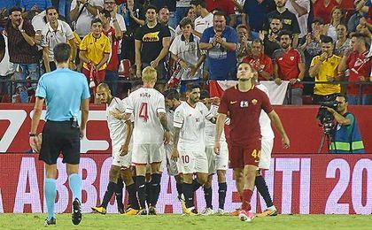El Sevilla volverá a lucir publicidad en sus camisetas.