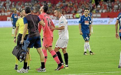 Soria se marcha lesionado del terreno de juego.