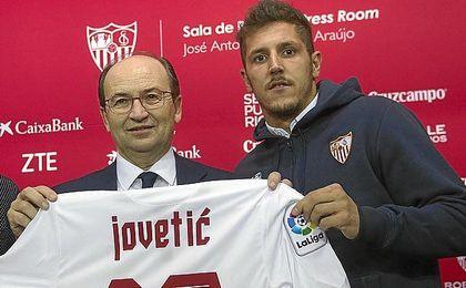 Jovetic quiere volver al Sevilla.