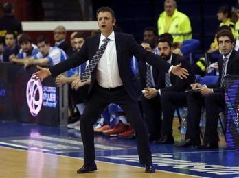El Gipuzkoa inicia su pretemporada con siete jugadores y sin su técnico