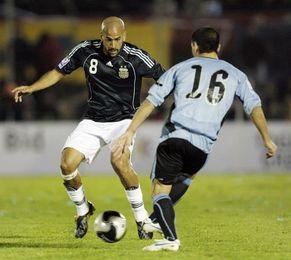 Uruguay recuerda que el clásico ante Argentina es el más antiguo del fútbol