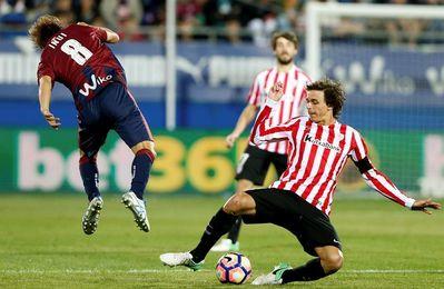 Iturraspe jugará frente al Girona su partido 200 en Primera