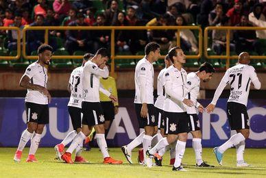 El duelo entre el líder Corinthians y Santos, tercero, marca la 23ª jornada