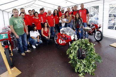 Pequecho y Nieto, homenaje a dos virtuosos de la moto a diferente escala