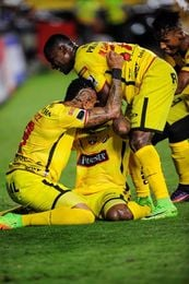 Barcelona y Santos a por el billete de semifinalista en la Libertadores