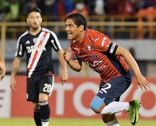 3-0. El Wilstermann da la primera estocada al River Plate en la Libertadores