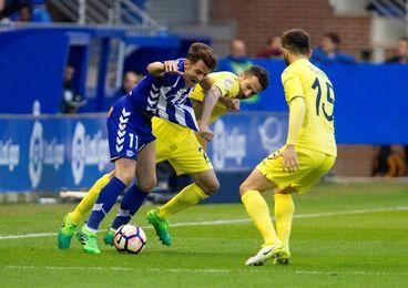 Un Alavés con urgencias recibe a un Villarreal que recupera el pulso