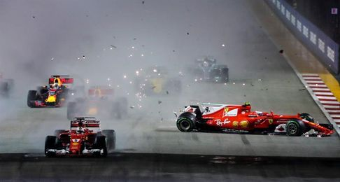 Hamilton gana en Singapur beneficiado por el accidente de Vett