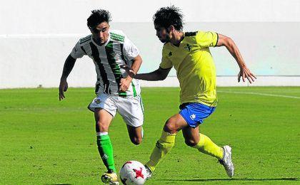 Roberto González, que está firmando un buen arranque de temporada, se pierde la cita por lesión.