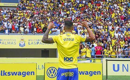 Vitolo aún no sabe si será convocado para el partido del Sánchez-Pizjuán.