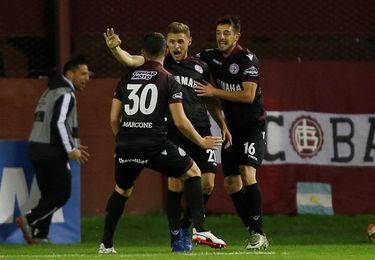 2-0. Lanús vence a San Lorenzo en los penaltis y se cita con River en las semifinales