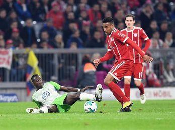 El Bayern juega con fuego ante el Wolfsburgo y se quema (2-2)