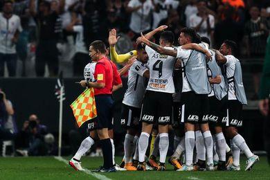 Corinthians encara el clásico con Sao Paulo con dudas y sin videoarbitraje
