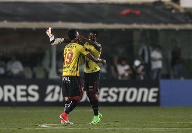 Delfín y Cuenca arriesgan el liderato ante Barcelona y Emelec en Ecuador