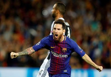 Niño sobreviviente del sismo es alentado por Messi, Suárez y otras estrellas