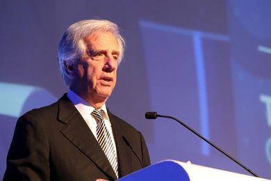 """Vázquez dice que Cartes """"no habló una palabra"""" sobre el Mundial de 2030"""
