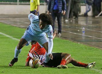 Beñat San José gana el duelo de españoles a Ángel Pérez en la liga boliviana