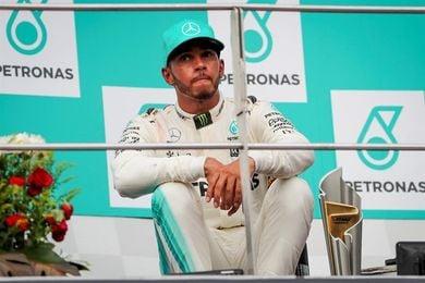 """Hamilton: """"Quedan carreras por delante y Vettel puede ganar"""""""
