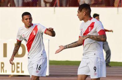 Sergio Peña se perfila como la principal novedad de Perú ante Argentina