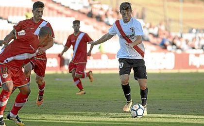 Marc Gual, durante un partido con el Sevilla Atlético.