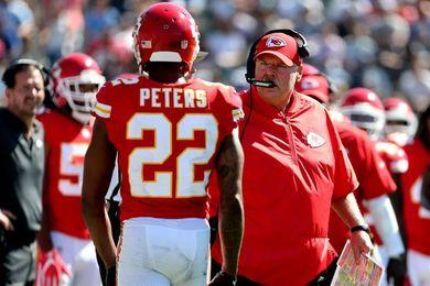 Peters le grita a un aficionado, el equipo dice que el incidente se solucionó