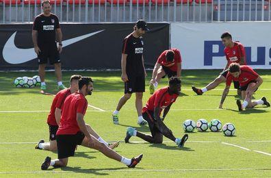 El Atlético cierra la semana con Gameiro y Costa en el gimnasio