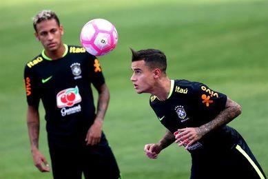 Los brasileños realizan una sesión de recuperación tras empate con Bolivia