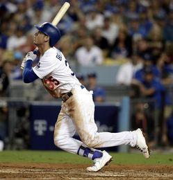 Indios y Astros dominan 2-0 sus series; Cachorros y Dodgers logran triunfos