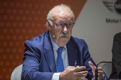 Del Bosque elegido para ser el Orujero Mayor de este año en Potes (Cantabria)
