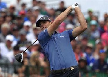 El estadounidense Steele, campeón por segundo año consecutivo, gana el tercer PGA