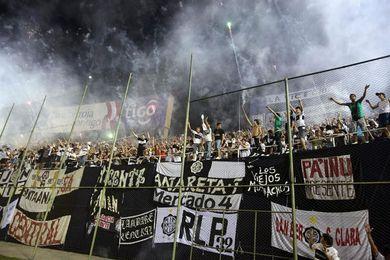 La Fiscalía paraguaya pide la suspensión indefinida de las barras bravas del Olimpia