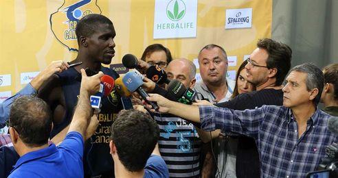 Savané, jugador no seleccionable con más partidos en la historia de la Liga